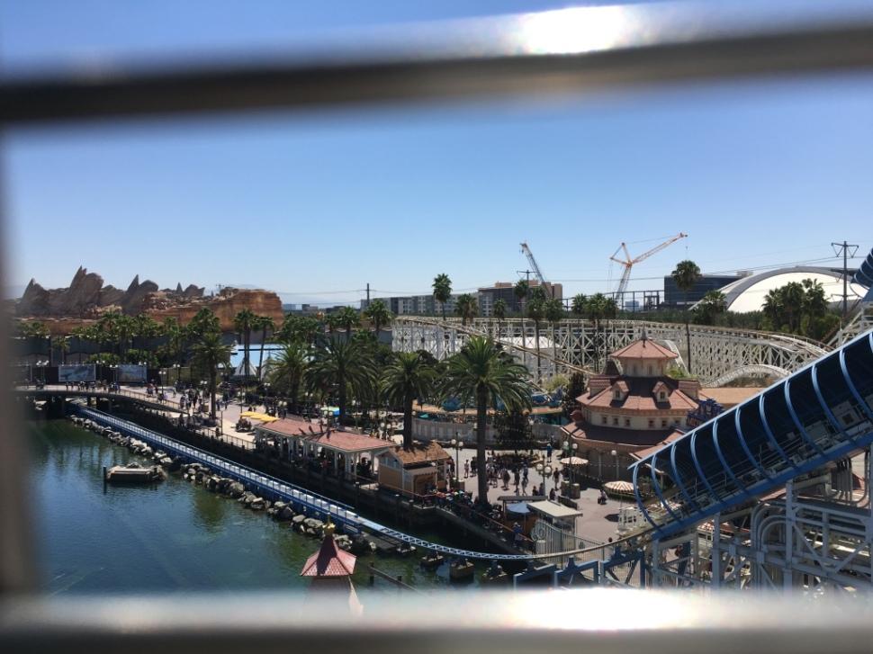 Uitzicht vanuit Mickey Wheel