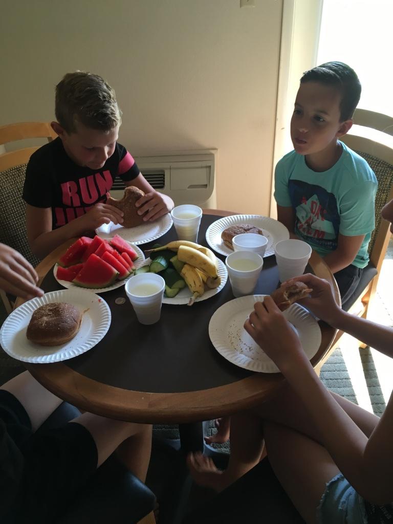 Soort picknick in het hotel
